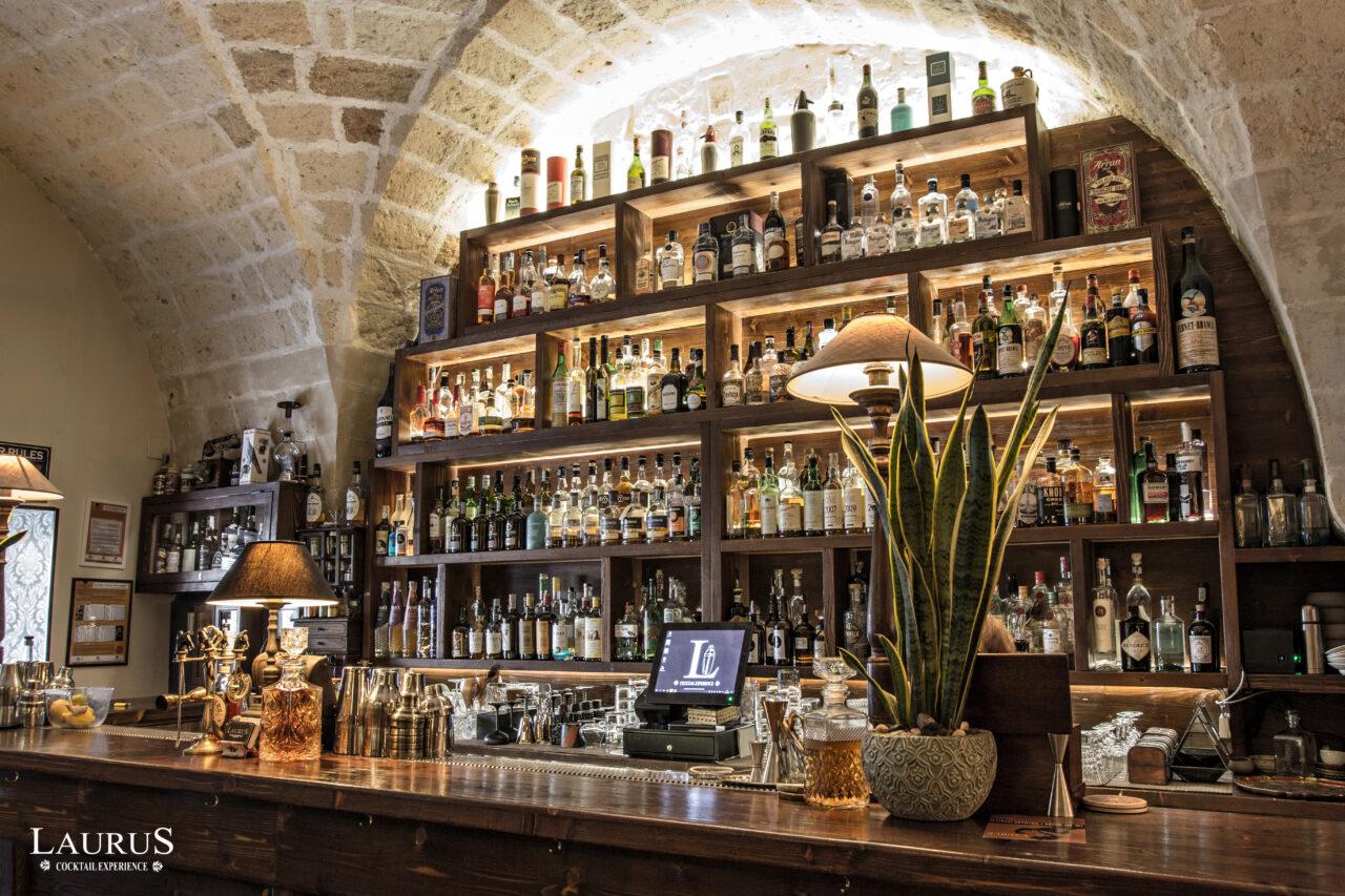 laurus lecce cocktail bar